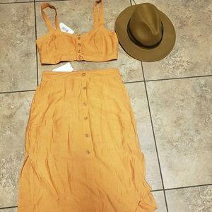 Two Piece Skirt Set Size Large NWT Orange
